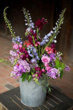Flowers Design Arrangement Ikebana 65 Ideas For 2019 Blue Wedding Flowers, Fresh Flowers, Wild Flowers, Beautiful Flowers, Wedding Bouquets, Bouquet Flowers, Purple Wedding, Wedding Colors, Purple Bouquets