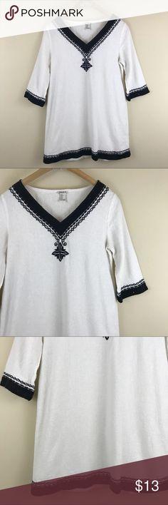 """Forever 21 Boho Short Sleeve V-Neck Dress Forever 21 Boho Short Sleeve V-Neck Dress, black and off white. Embroidery along neckline and hems. Size small. Bust: 34"""" Length: 29"""" Forever 21 Dresses Mini"""