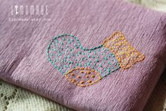 hand embroidery by Limomade