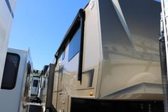 Check out this 2008 Carriage Domani DF310TERZO listing in Golden, CO 80401 on RVtrader.com. It is a Fifth Wheel and is for sale at $36995.