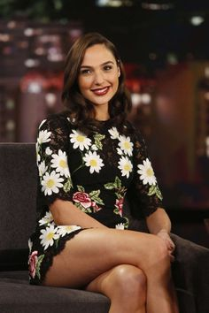 Hollywood hottie actress Gal Gadot beauty movie photos lovely style gorgeous wallpapers stunning looks wonder-woman images pics hd Beautiful Celebrities, Beautiful Actresses, Gorgeous Women, Beautiful People, Beautiful Legs, Beautiful Pictures, Gal Gadot Photos, Gal Gardot, Gal Gadot Wonder Woman