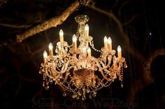 Crystal candelabra for romantic diner ambiance. Wedding by Monte-Carlo Weddings.