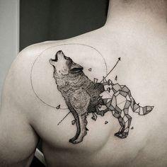 Wolf tattoo geometric kerbyrosanes #kerbyrosanes #wolf #wolftattoo…