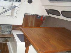 24' San Juan Sailboat - table