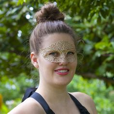 Chic Masquerade – DIY Mask & Template | Sprinkles in Springs