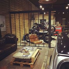 Man cave garage for mans paradise decor ideas accessories decorating . masculine decoration medium size of home accessories garage man cave Motorcycle Workshop, Motorcycle Shop, Motorcycle Garage, Garage Bike, Scrambler Motorcycle, Motorcycle Design, Man Cave Garage, Garage House, Garage Shop