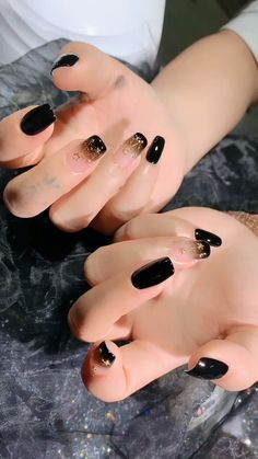 shadow nails Many women prefer to attend the hairdresser even though they do not have time to apply shine for … Elegant Nails, Stylish Nails, Trendy Nails, Pink Nails, Gel Nails, Jolie Nail Art, Kawaii Nails, Colour Tip Nails, Minimalist Nails