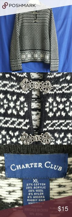 """Charter Club Clasp Closure XL Sweater There's stilk that Winter chill in the air & cozy sweaters are a must.  This farisle style sweater has a the coolvblack & white geometric print with 2 working decorative metal clasp closures at the neck. Tag says XL,  Meadures 22"""" armpit to armpit.  There is some pilling, but that can easily be removed. Charter Club Sweaters"""