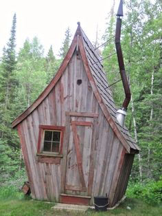 Look at the website above press the link for extra selections ~ infrared sauna dome Homemade Sauna, Play Houses, Bird Houses, Outdoor Sauna, Outdoor Decor, Sauna Design, Small Buildings, Home Reno, Log Homes