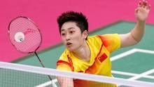 China's Yu Yang hits a return next to teammate Wang Xiaoli (not seen) against South Korea's Jung Kyung-eun and Kim Ha-na during their women's doubles group play stage Group A badminton match during the London 2012 Olympic Games at the Wembley Arena in this July 31, 2012 file photograph. (BAZUKI MUHAMMAD/REUTERS)