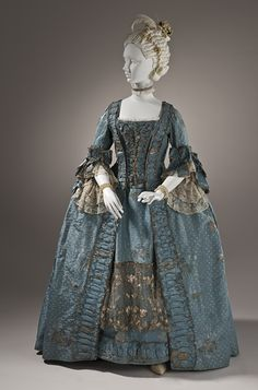 1765, Don't normally love this style of dress. But this is beautiful.