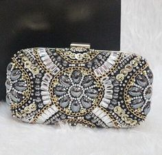 Women's Crystal Evening bag Retro Beaded Clutch Bags Wedding Diamond Beaded Bag Rhinestone Small Shoulder Bags