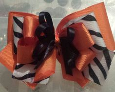 Medium hair bows $10