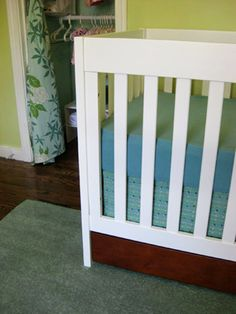 Create your perfect crib skirt with these #DIY instructions.  #cribskirt