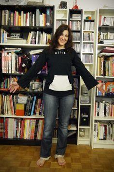Refashion Short Sleeve Shirt into Long Sleeve #TitesMain #TheUpcycledTshirt