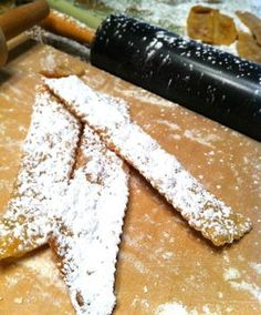 Huestele (pronounced roo-sta-lay) is a traditional Croatian cookie. It is really a cross between a pastry and a cookie, but my grandmother ...