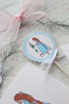 Clara cupcake topper by Icing Designs