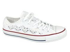 Converse bianche in pizzo, un must della prossima estate! #converse #allstar #pizzo