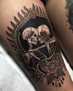 History Of Blackwork Tattoos With Latest Tattoo Designs & Ideas Skeleton Tattoos, Skull Tattoos, New Tattoos, Body Art Tattoos, Sleeve Tattoos, Skeleton Couple Tattoo, Tatoos, Henna Tattoos, Woman Tattoos