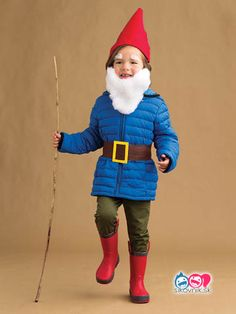 51 easy Halloween costumes for kids 51 easy Halloween cost… - Kids costumes Easy Homemade Halloween Costumes, Toddler Halloween Costumes, Halloween Kids, Diy Costumes For Boys, Kid Costumes, Halloween 2017, Corn Costume, Gnome Costume, Carnaval Kids