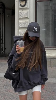 Outfits With Hats, Mode Outfits, Fall Outfits, Summer Outfits, Fashion Outfits, Cap Outfits For Women, Swaggy Outfits, Cute Casual Outfits, Stylish Outfits