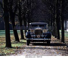 Автомобіль, Rolls Royce Phantom III, модель 1936-1939 рік, чорний, седан, старовинний автомобіль, 1930-х років, тридцятих років, водіння автомобіля, вид спереду, - Stock Image