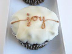 Gingerbread Hostess Cupcakes