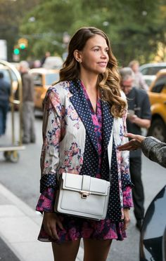 Super cute Sutton on set. Watch the new series YOUNGER coming to TV Land March 31 10/9C! From the creator of Sex and The City, 'Younger' stars Sutton Foster, Hilary Duff, Debi Mazar, Miriam Shor and Nico Tortorella. Catch a sneak peek at www.youngertv.com.