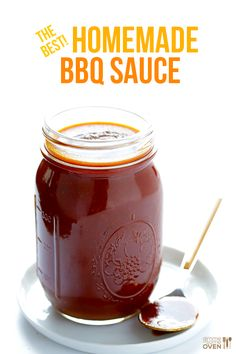 My favorite homemade BBQ sauce recipe! It's super easy, sweet, smoky, tangy, and uses homemade tomato sauce not ketchup. Homemade Bbq Sauce Recipe, Canning Bbq Sauce Recipe, Smokey Bbq Sauce Recipe, Best Bbq Sauce Recipe, Do It Yourself Food, Salsa Barbacoa, Salsa Dulce, Gimme Some Oven, Yummy Food