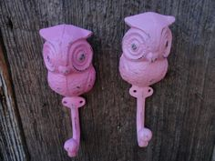 Owl Wall Hook/ Pink/ Shabby Chic Wall Decor/ Cast by JUNKINTIME, $24.00