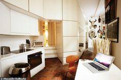 La cuisine dans l'entrée de ce 40 m2