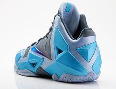 Crocks in any color Nike Tennis, Nike Soccer, Basketball Shoes, Nike Heels, Sneakers Nike, Lebron James, Lebron 11, Lbj Shoes, Nike Air Max 2011