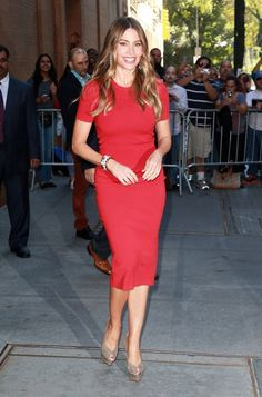 Sofia Vergara Fashion Style. See more. Luv the color of this dress and  looks great on her too. Simple Red Dress 66c89ca1e