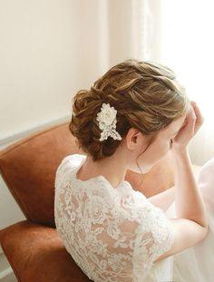 Bridal hair pin Wedding hair pins Pearl wired hairpin by woomeepyo