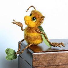"""""""Пчелка"""" - миниатюрная игрушка из шерсти - Ярмарка Мастеров - ручная работа, handmade"""
