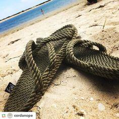 As sandálias mais confortáveis estão no Algarve em @cordanope  #libertywalk.pt #fashionrevolution #ecoshoes #photooftheday #tbt #positivevibes #goodvibes #fairtrade #sustainability #nomadicstate #fashion #trend Re-post by Hold With Hope