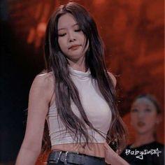 Kpop Girl Groups, Korean Girl Groups, Kpop Girls, Jennie Kim Blackpink, Blackpink Video, Blackpink Photos, Blackpink Fashion, Blackpink Lisa, Ulzzang Girl