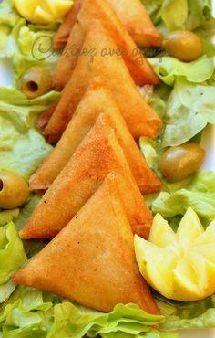Good Healthy Recipes, Healthy Breakfast Recipes, Healthy Eating, Quesadillas, Empanadas, Tunisian Food, Turnover Recipes, Samosa Recipe, Health Dinner