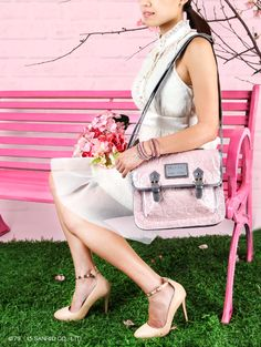 Pretty pink and grey Hello Kitty satchel by Loungefly for a classic chic look