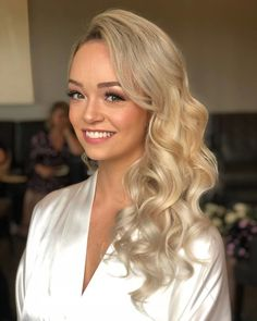 CLASSIC HOLLYWOOD GLAM WAVES Want flawless wedding hair & makeup with zero stress? We gotchu! Go ahead and schedule your free consultation call today - link in bio @WindyCityGlam! . #chicagobridalmakeup #chicagomakeupartist #chicagoweddingmakeup #chicagobride #chicagomua #chicagowedding #chicagobridalmakeupartist #chicagobridalmua #chicagoweddingmua #chicagoweddingmakeupartist #chicagoweddingplanning #chicagoweddingphotographer #chicagobridalhair #chicagohairstylist #chicagoweddinghair #chicagow