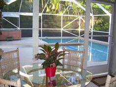 Photos of Lovely & Loaded Tropical Home with HEATED Pool & Deluxe Hot Tub ~ Sleeps 10!!