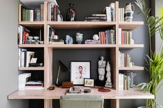 "[i]This modern workspace in the corner maximises space by combining the desk with a bookcase.[/i]  Like this? Then you'll love  [link url=""http://www.houseandgarden.co.uk/interiors/small-flat-ideas""]Our favourite schemes for flats & studio apartments[/link]"