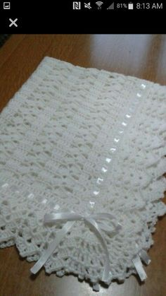 Crochet Baby Girl Blanket Pattern Free Yarns Trendy Ideas You are in the right place about crochet baby cobijas Here we offer you the most beautiful pictures. Crochet Baby Shawl, Baby Girl Crochet Blanket, Crochet Motifs, Crochet Baby Clothes, Crochet Blanket Patterns, Baby Knitting, Free Knitting, Christening Blanket, Baby Girl Blankets