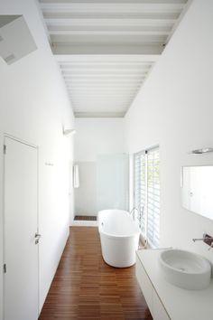Das house - bath