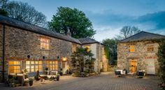 Willow Moon is a luxury barn conversion in Golant near Fowey Villas, Large Holiday Homes, Cotswold House, Family Friendly Holidays, Holidays In Cornwall, Agricultural Buildings, Garage Apartment Plans, Companies House, Barn Renovation