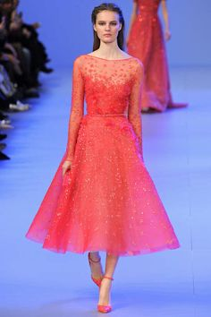 Runway / Elie Saab / Paris / Frühjahr 2014 HC / Kollektionen / Fashion Shows / Vogue