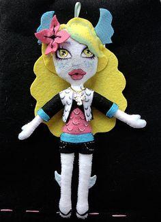 Muñeca fieltro.  Monster High. Lagoona.