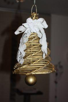 Weihnachts Glocke aus Papier