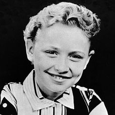 celebs before fame. here is dolly parton