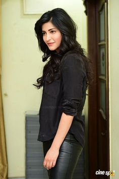 Shruti Latest Photos (19)